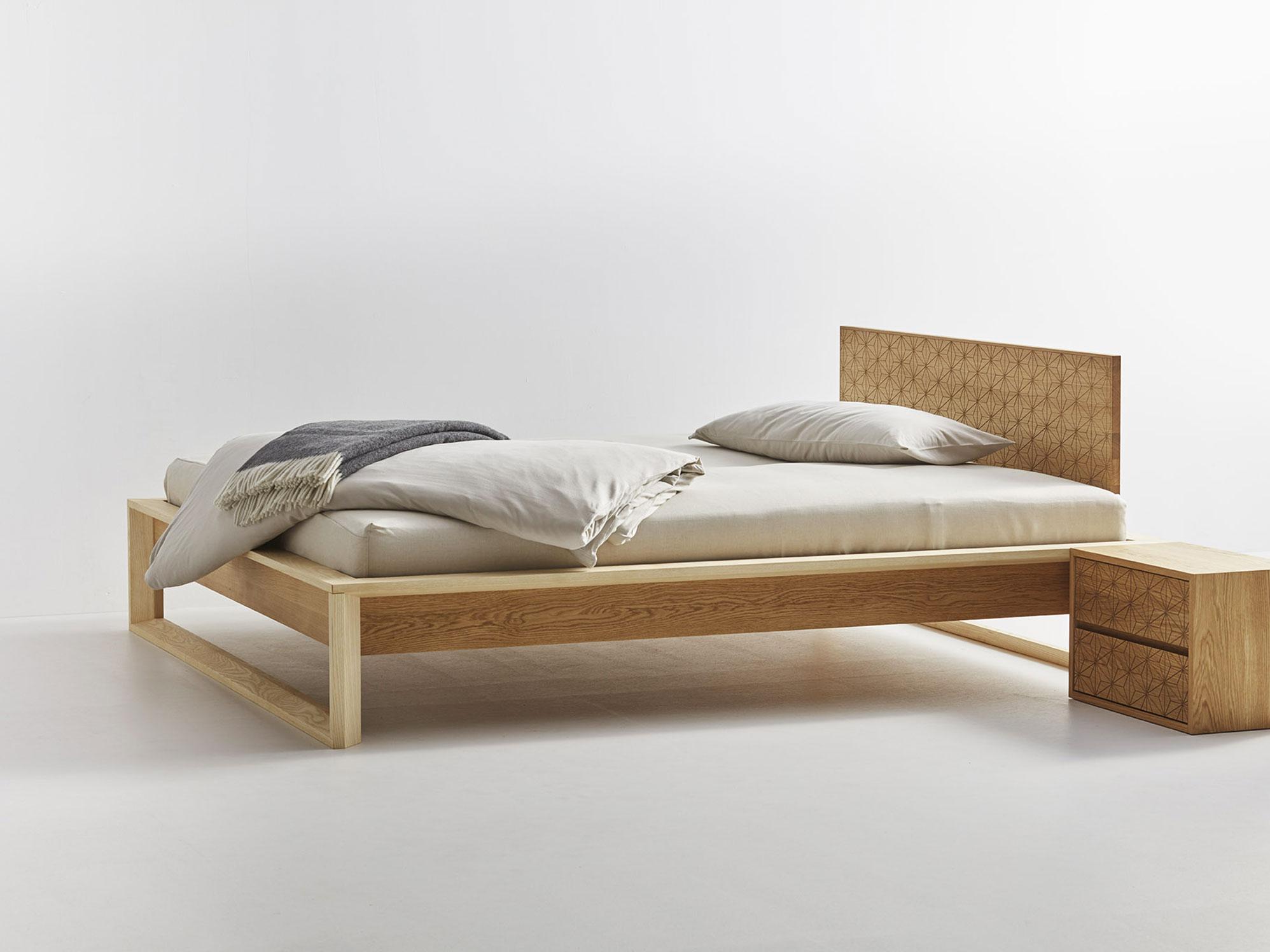 asanoha bett mit betthaupt gr ne erde. Black Bedroom Furniture Sets. Home Design Ideas