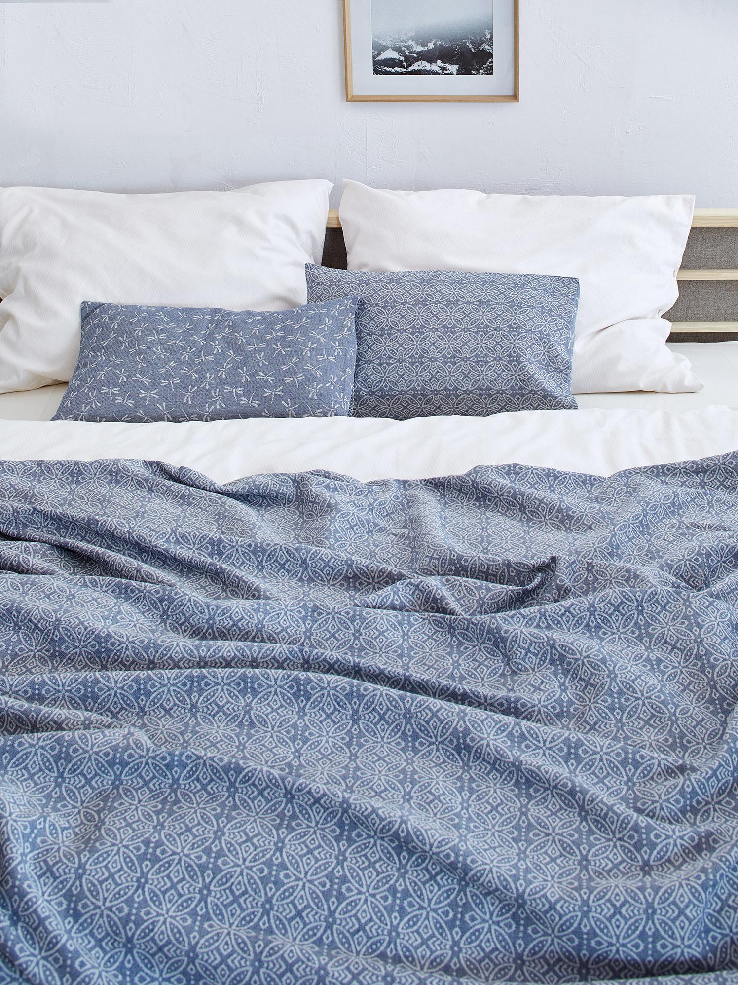 bett berwurf florentine 240 x 240 cm gr ne erde. Black Bedroom Furniture Sets. Home Design Ideas