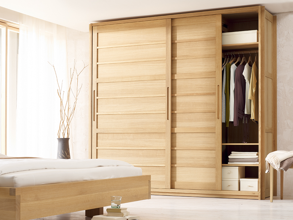 kurido kleiderschrank 2t rig gr ne erde. Black Bedroom Furniture Sets. Home Design Ideas