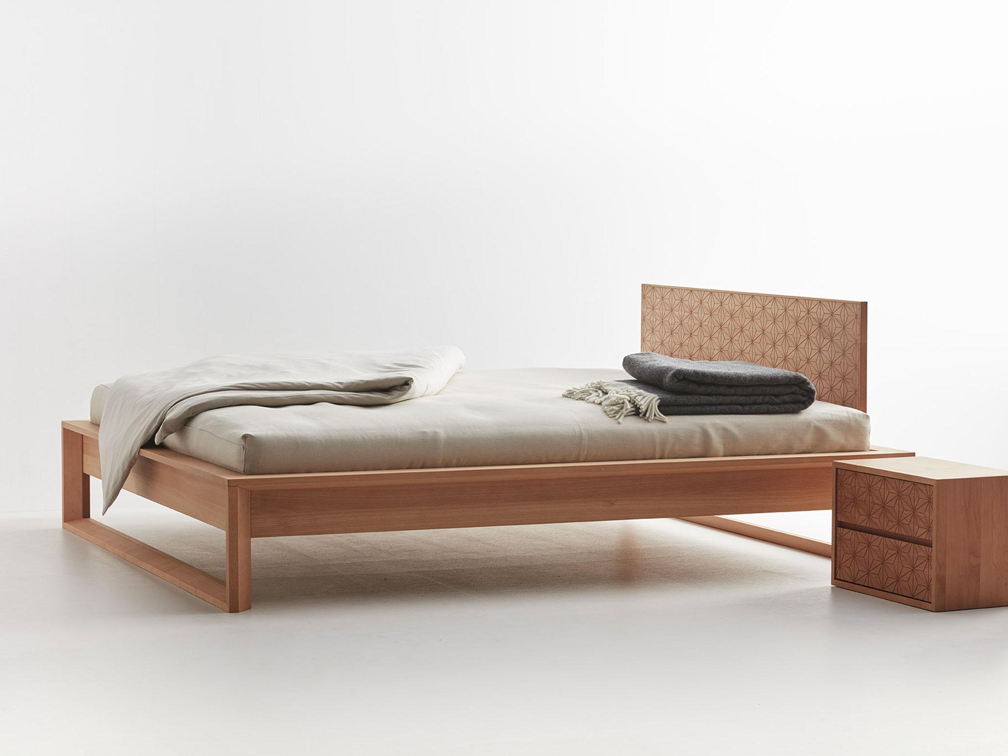 Asanoha Bett mit Betthaupt | Grüne Erde