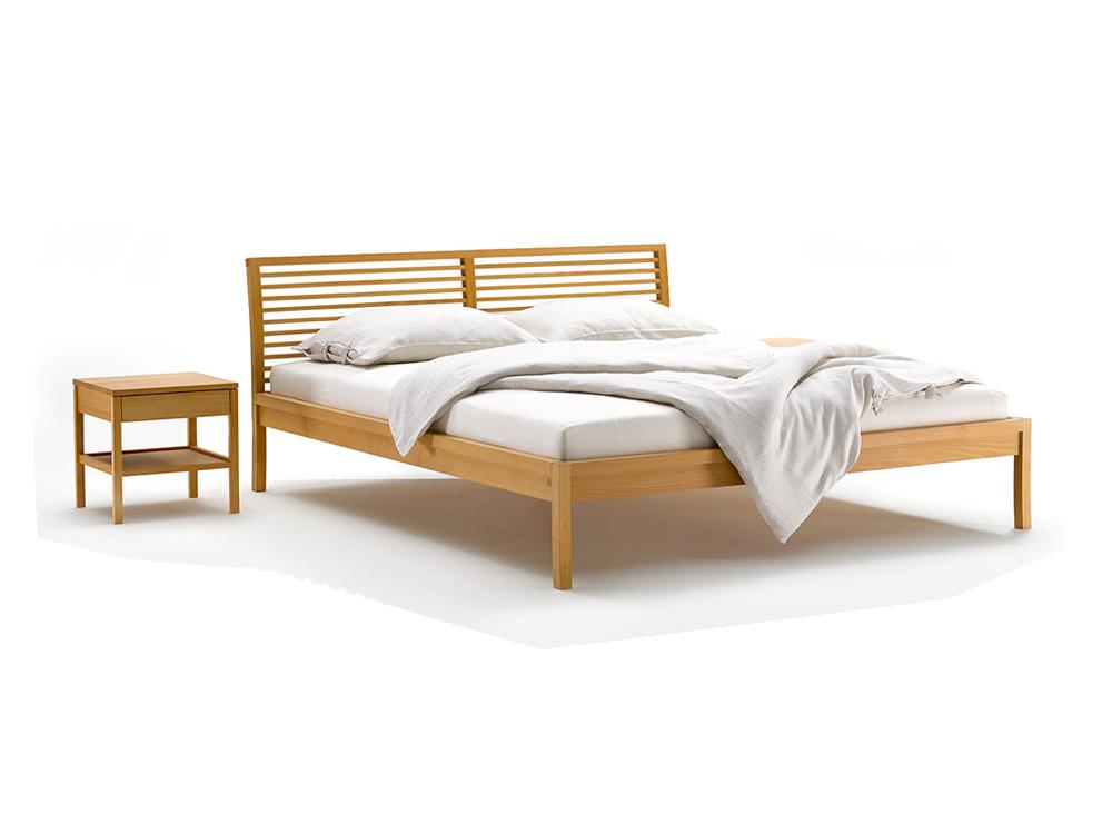 bett biarritz mit sprossenbetthaupt gr ne erde. Black Bedroom Furniture Sets. Home Design Ideas
