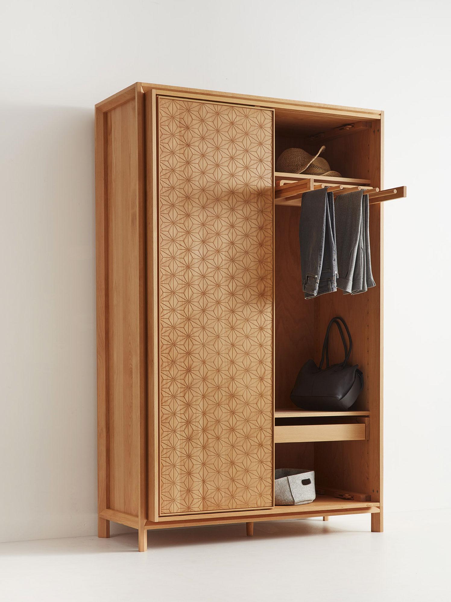 kleiderschrank 2 t rig. Black Bedroom Furniture Sets. Home Design Ideas