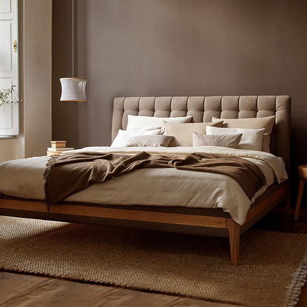 schlafzimmerm bel aus massivholz kologisch nachhaltig gr ne erde. Black Bedroom Furniture Sets. Home Design Ideas