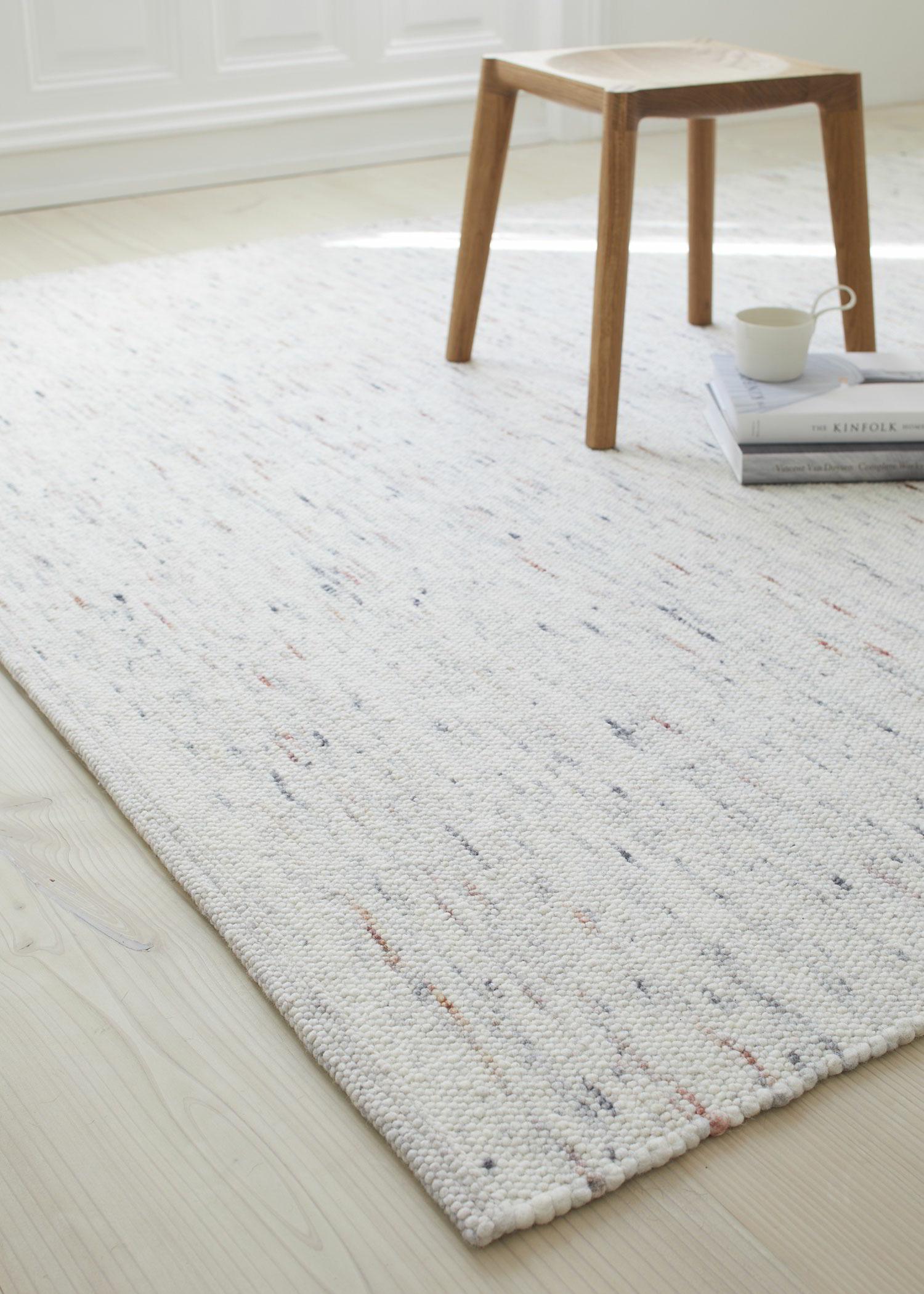 schafschurwoll teppich fiamma gr ne erde. Black Bedroom Furniture Sets. Home Design Ideas