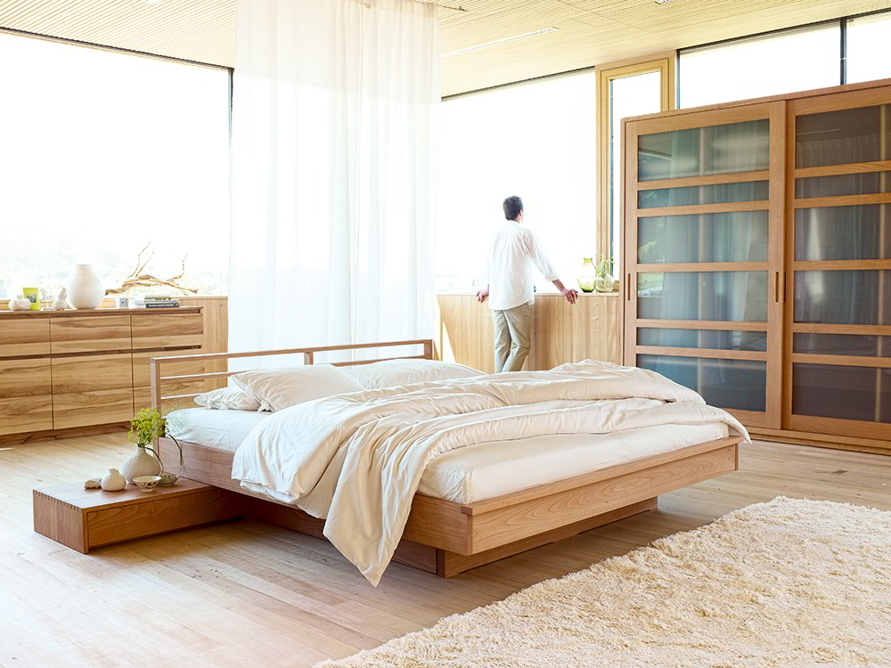 bett kumo mit sprossenbetthaupt gr ne erde. Black Bedroom Furniture Sets. Home Design Ideas
