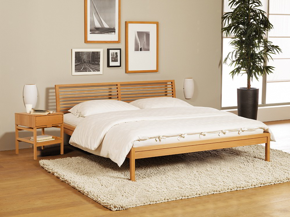 bett biarritz mit sprossenbetthaupt gr ne erde. Black Bedroom Furniture Sets. Home Design Ideas