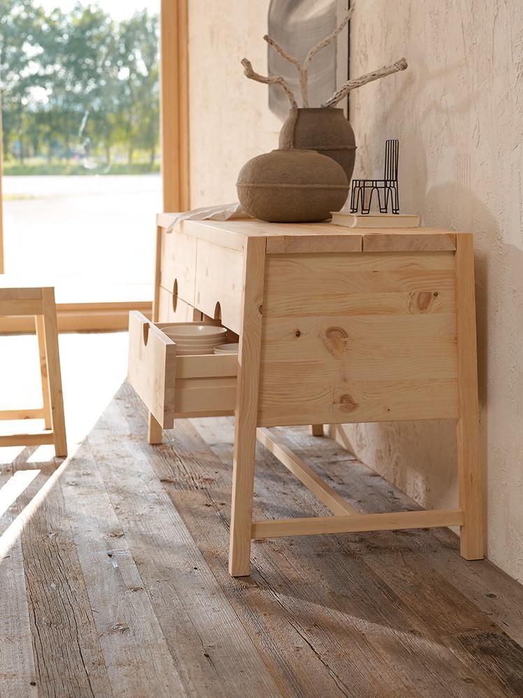 sideboard alpina mit 4 laden zirbe gr ne erde. Black Bedroom Furniture Sets. Home Design Ideas